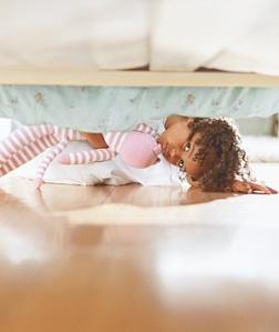 girl-under-bed_300